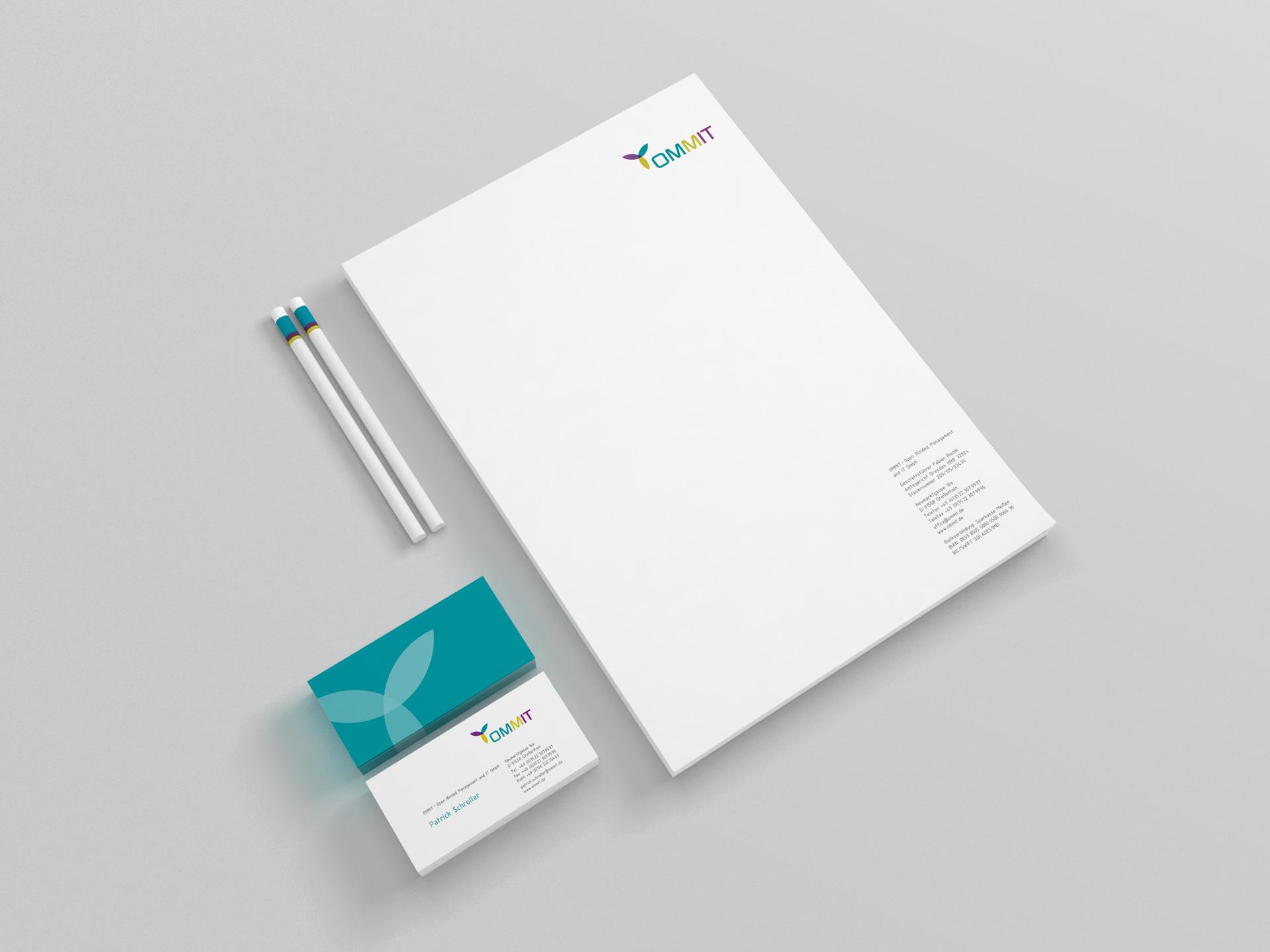 Design Printmedien für ommit gmbh von facit design